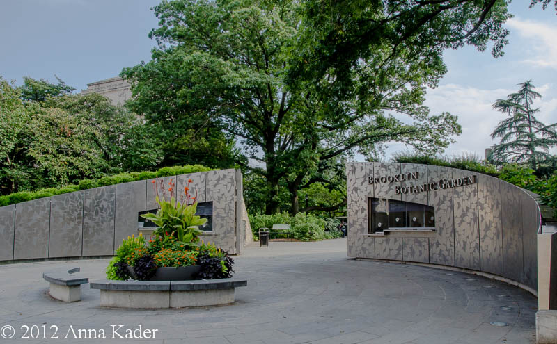 Entrance To Brooklyn Botanical Garden Fasci Garden
